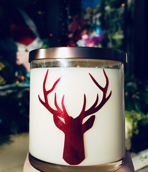 Red deer jar in Cranberry Spice