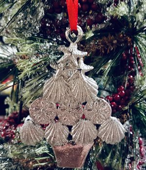 Pewter Seashell Tree